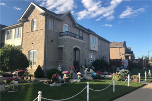 4 Education Rd, Brampton
