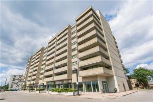 3555 Bathurst St, Toronto