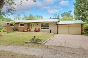 396 Lake Drive North Dr, Georgina
