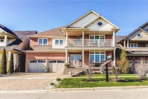 444 Lakebreeze Dr, Clarington