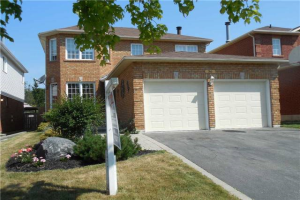 36 Bonnycastle Dr, Clarington