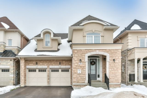 104 Glad Park Ave, Whitchurch-Stouffville