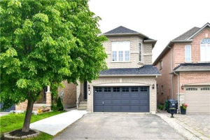 11 Emily Carr Cres, Caledon