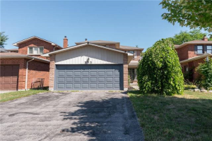 393 Pickering Cres, Newmarket
