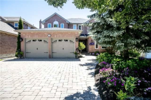 19 Kirkland Crt, Richmond Hill