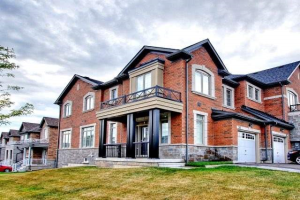 59 Rimrock Cres, Whitby