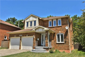 3565 Colonial Dr, Mississauga
