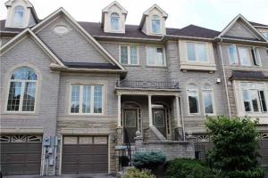 16 Greystone Crt, Toronto