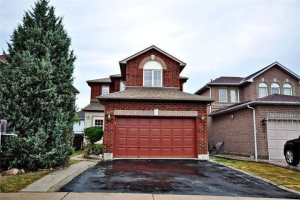 5689 Sidmouth (Upper) St, Mississauga