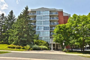 1071 Queens Ave, Oakville