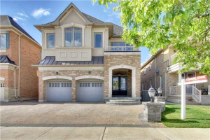 130 Chatfield Dr, Vaughan