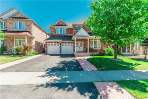 22 Tangleridge Blvd, Brampton