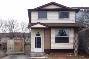 502 Pineview Gdns, Shelburne