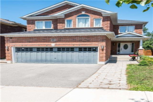 84 Eagle Peak Dr, Richmond Hill