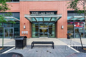 2220 Lake Shore Blvd, Toronto