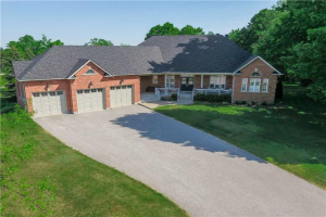 3 Grayfield Dr, Whitchurch-Stouffville