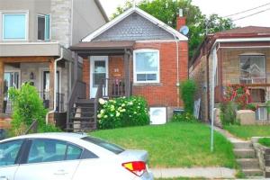 26 Hanson Rd, Toronto