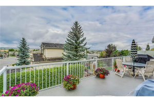 131 VALLEY PONDS CR NW, Calgary