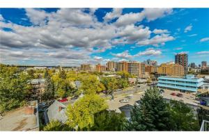 #405 1540 17 AV SW, Calgary