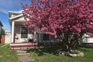 184 Hidden Spring CI NW, Calgary