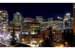 #604 1001 14 AV SW, Calgary