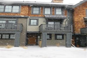 315 ASCOT CI SW, Calgary