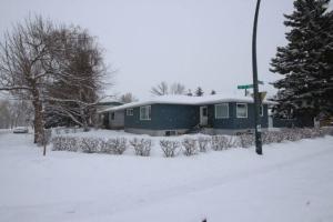 2804 19 ST NW, Calgary