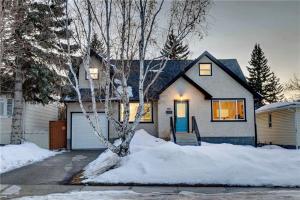 1411 27 ST SW, Calgary