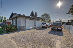 292 WEST CHESTERMERE DR , Chestermere