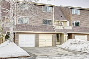 1413 RANCHLANDS RD NW, Calgary