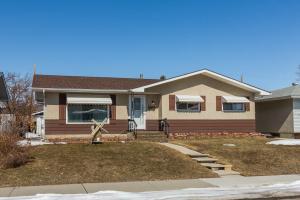 5008 MARCHAND CR NE, Calgary