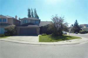 105 Woodpark GR SW, Calgary