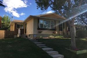 207 TEMPLEWOOD RD NE, Calgary