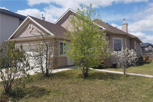 404 EAST LAKEVIEW PL , Chestermere