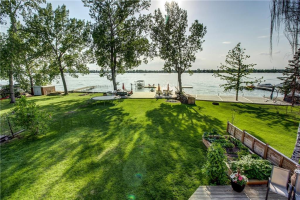 587 EAST CHESTERMERE DR , Chestermere