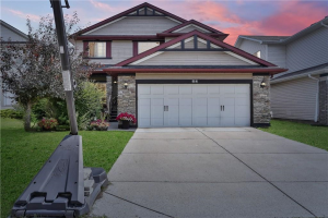 64 CRYSTALRIDGE CR , Okotoks