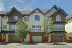 406 WENTWORTH VI SW, Calgary
