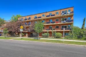 #206 808 ROYAL AV SW, Calgary