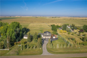 19 KHAN AC , Rural Rocky View County