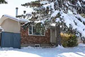 312 Penswood WY SE, Calgary