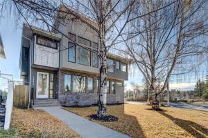2640 28 ST SW, Calgary